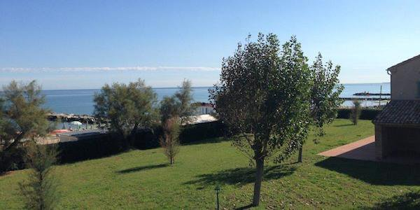 ma01-misano-adriatico-sea-view-villa-with-garden-and-direct-access-to-the-beach