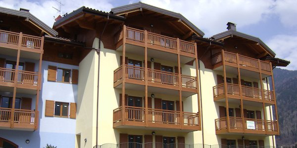 mn02-pinzolo-madonna-di-campiglio-apartments-in-a-famous-resort